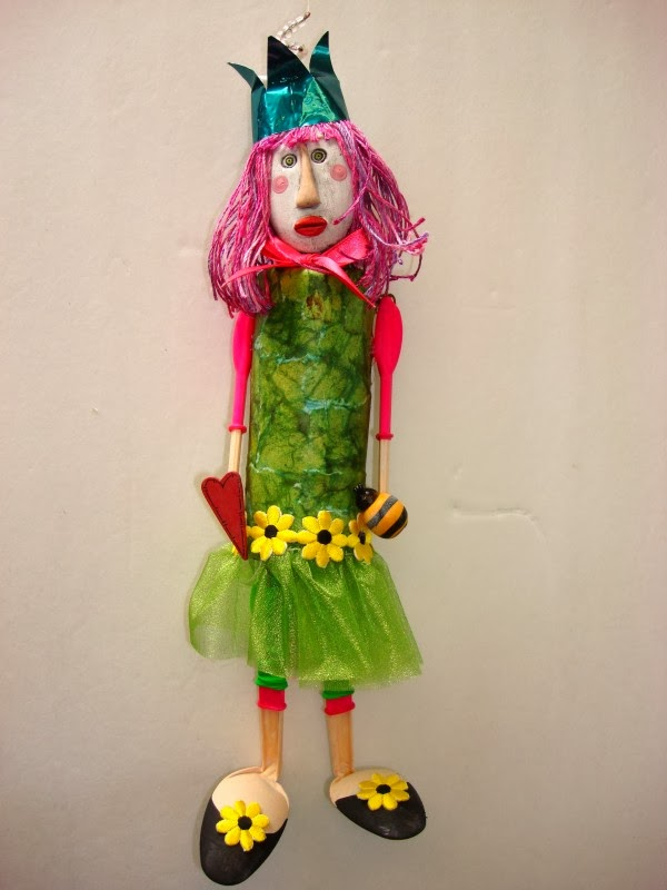 Easy Craft Idea : DOLL FROM WASTE MATERIAL
