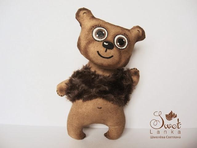 медведь весельчак