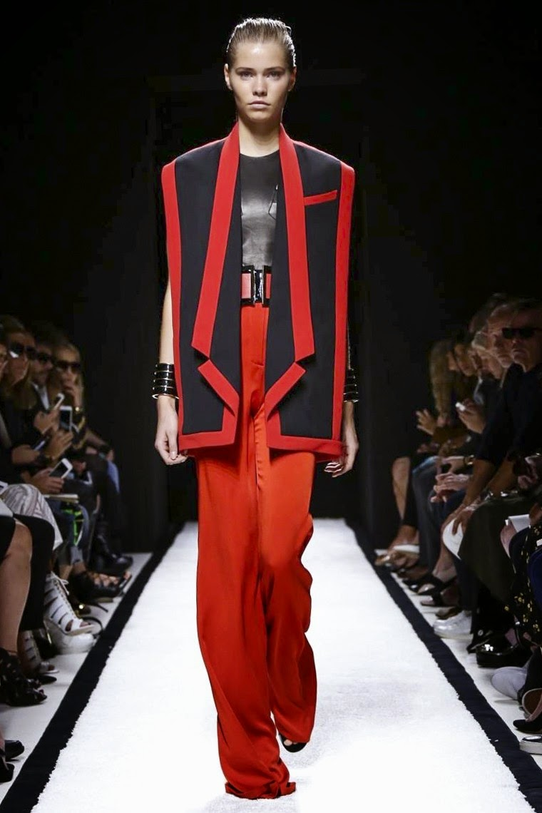Balmain spring summer 2015, Balmain ss15, Balmain, Balmain ss15 pffw, Balmain pfw, pfw, pfw ss15, pfw2014, fashion week, paris fashion week, pierre balmain, olivier rousteing, rihanna, north west, kendal jenner, du dessin aux podiums, dudessinauxpodiums, vintage look, dress to impress, dress for less, boho, unique vintage, alloy clothing, venus clothing, la moda, spring trends, tendance, tendance de mode, blog de mode, fashion blog,  blog mode, mode paris, paris mode, fashion news, designer, fashion designer, moda in pelle, ross dress for less, fashion magazines, fashion blogs, mode a toi, revista de moda, vintage, vintage definition, vintage retro, top fashion, suits online, blog de moda, blog moda, ropa, asos dresses, blogs de moda, dresses, tunique femme,  vetements femmes, fashion tops, womens fashions, vetement tendance, fashion dresses, ladies clothes, robes de soiree, robe bustier, robe sexy, sexy dress