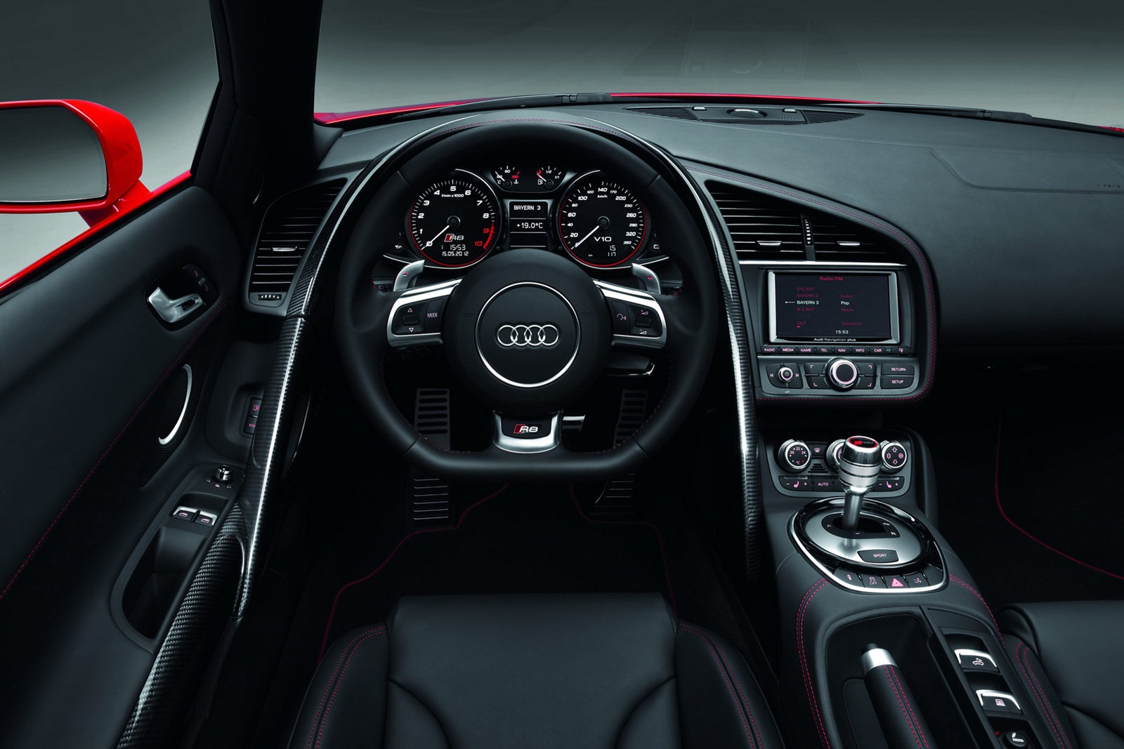 Car Barn Sport: Audi R8 Facelift (2013)