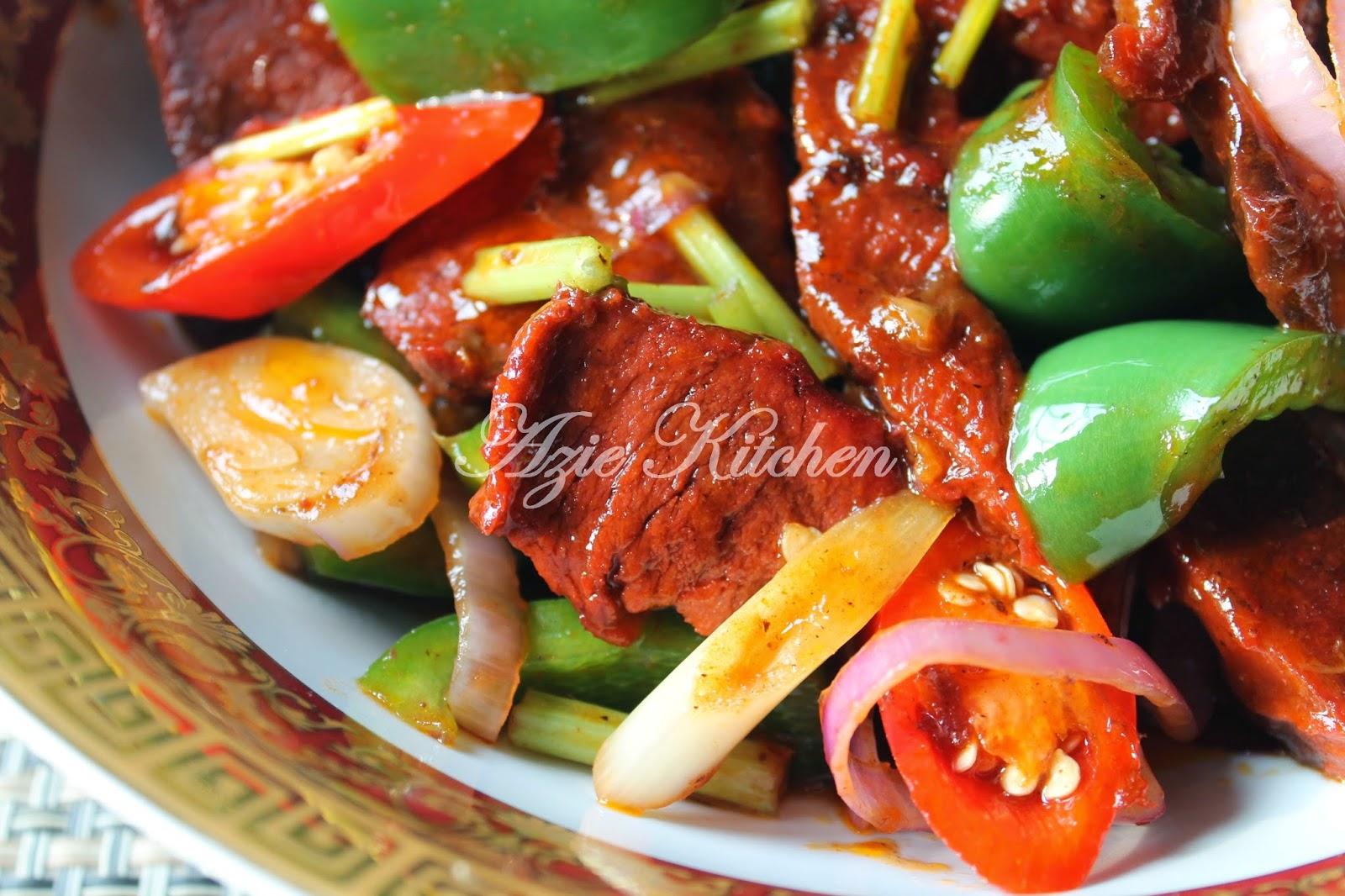 Easy Ikan Masak Merah Recipe | Singapore Food