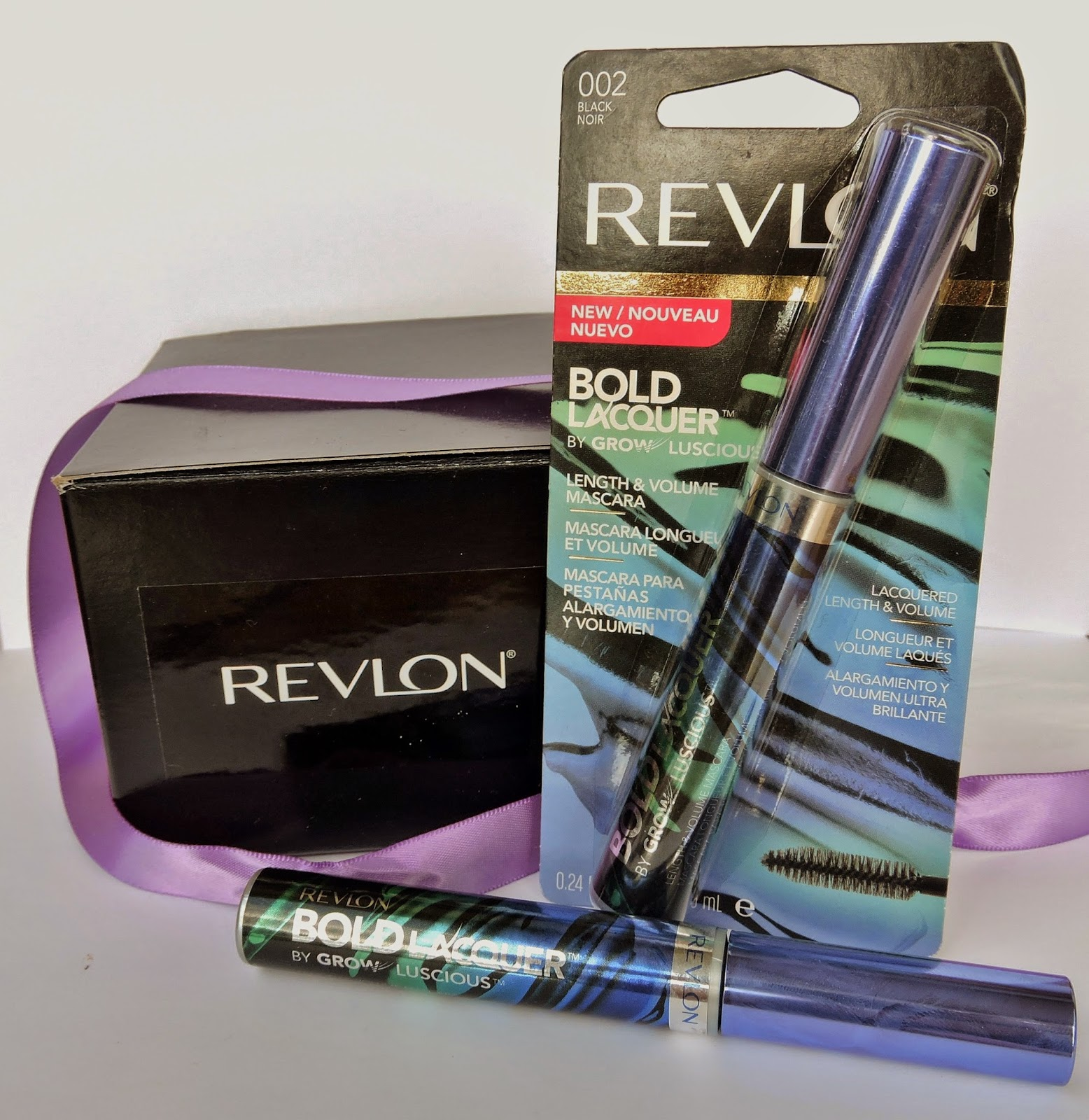 Revlon Bold Lacquer Mascara Review, makeup, beauty, melani.ps, the purple scarf, toronto, ontario, canada