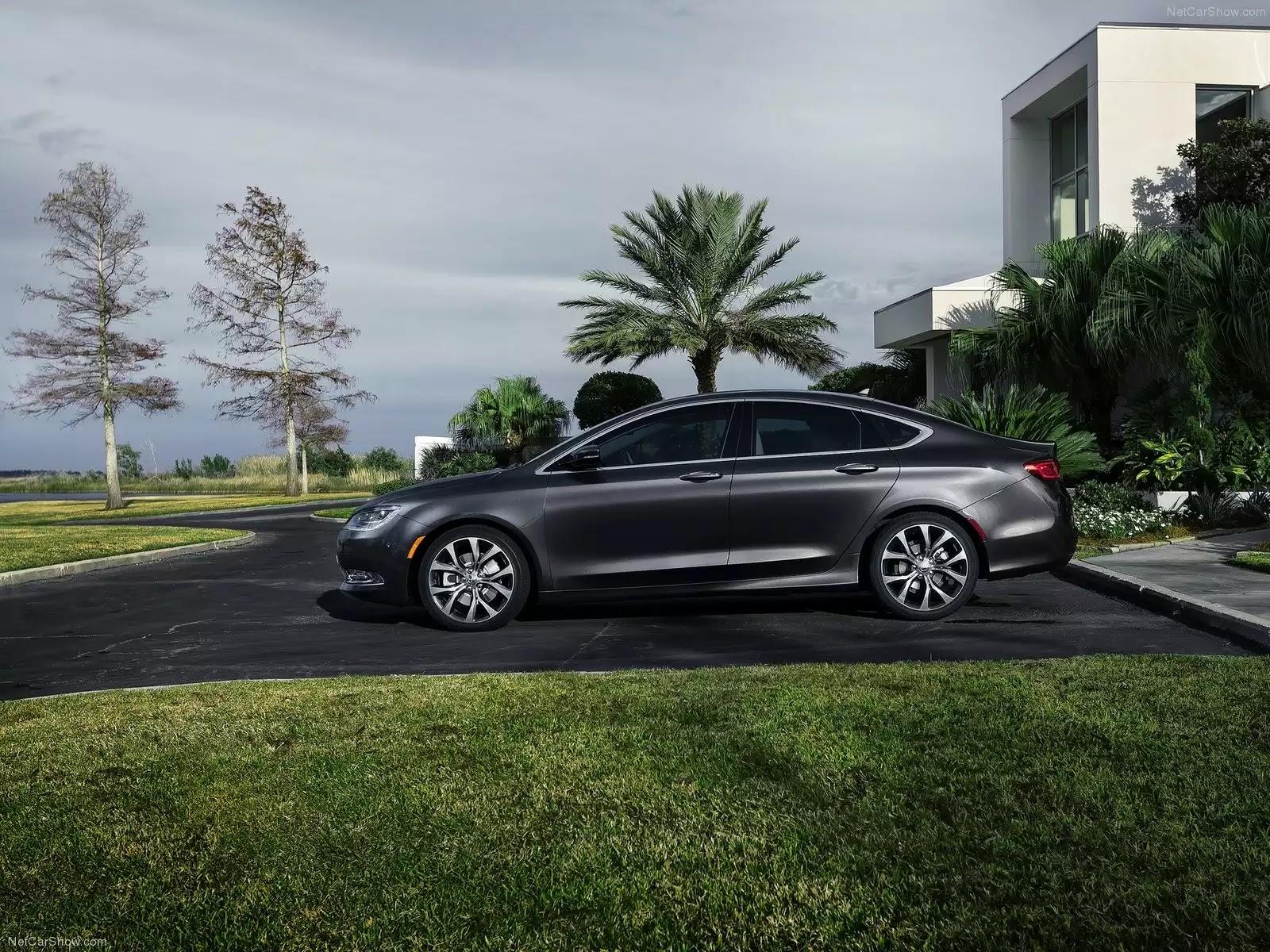 Hình ảnh xe ô tô Chrysler 200 2015 & nội ngoại thất