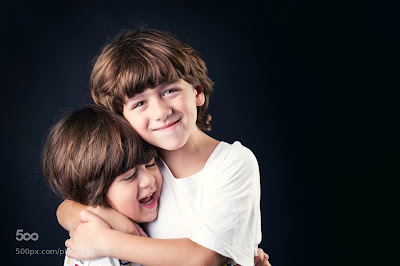 Benefits of different types of hugs special way of loving reduces pain, depression, stress