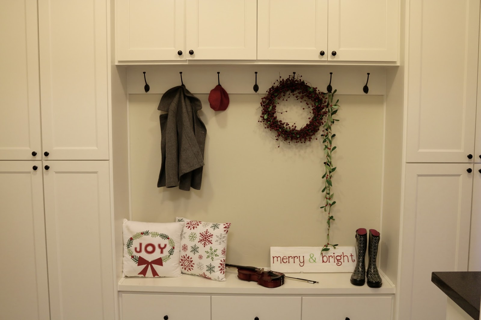 Christmas Home Tour – Bee In Our Bonnet