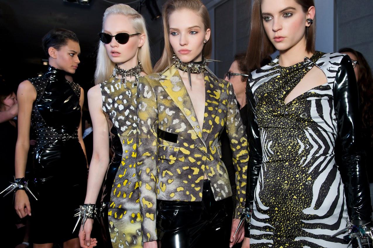 versace,  2014 elbise modelleri, elbise, abiye, abiye elbise, kısa abiye, desenli abiye, 2014