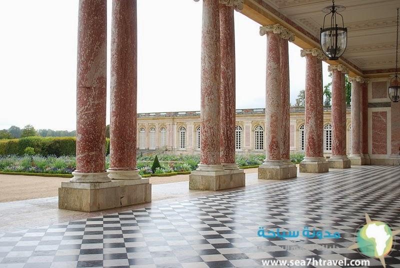 قصر فيرسال في شتوتغارت المانيا