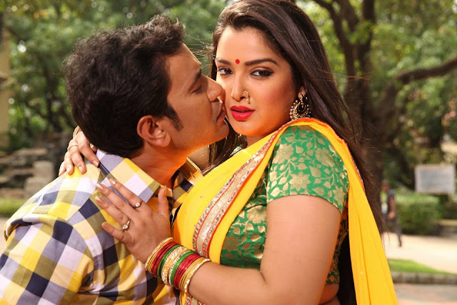 Nirahua & Amrapali Dubey ready to play Holi with Aashiq Aawara