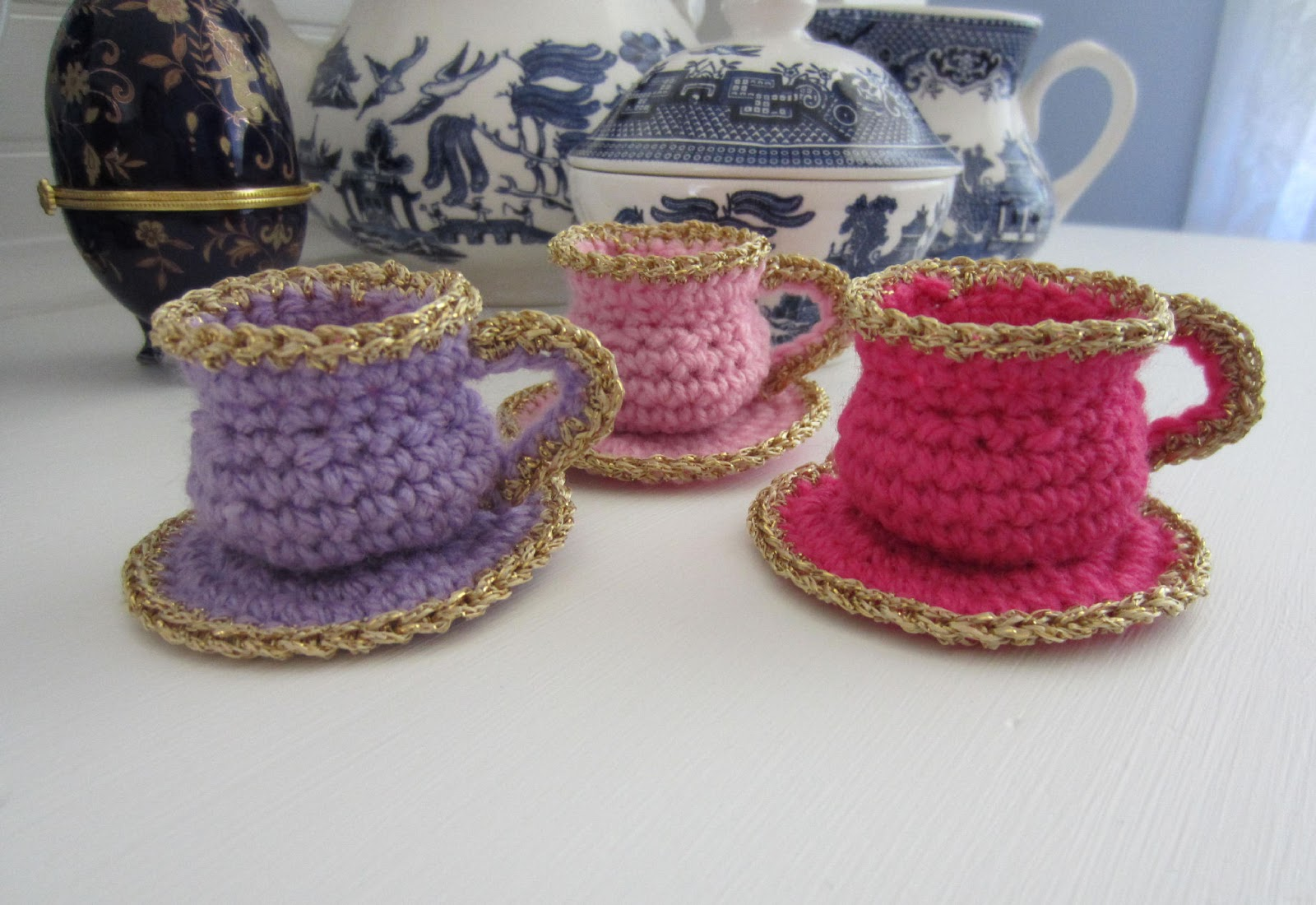 Justjen-knits&stitches: Tea Cup Christmas Ornament Pattern - Crochet
