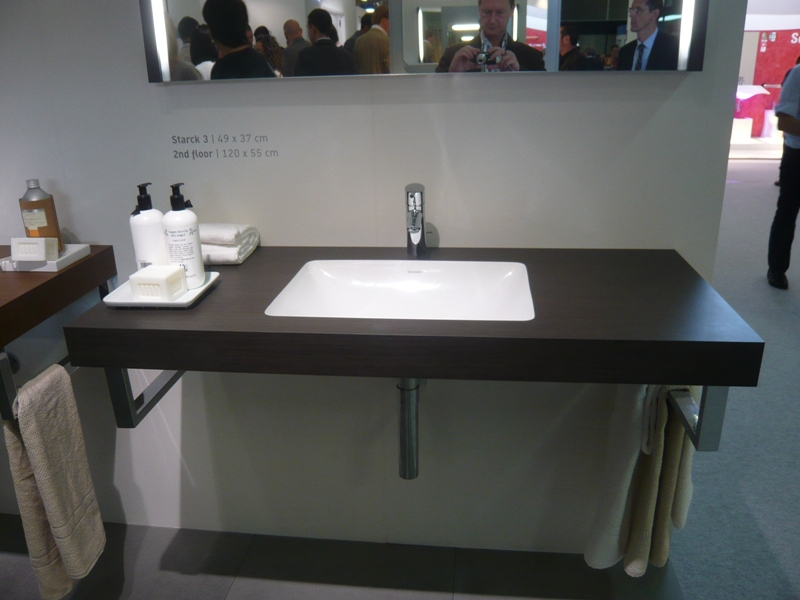 Undermount Bathroom Sink Supports kitchen and residential design: undermount sinks with laminate