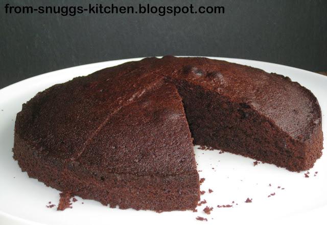 Schokoladenkuchen mit Kaffee