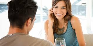 Lima Alasan Cewek Lebih Mudah Jatuh Cinta Pada Cowok Sederhana