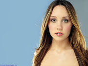 Download Amanda Bynes Widescreen Wallpapers For Your Desktop Computer