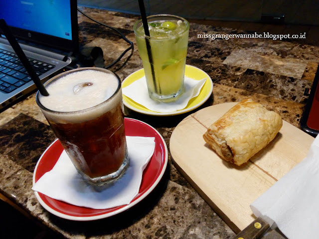 i-hate-monday-coffe-mall-of-indonesia