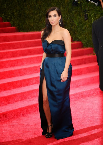 kim kardashian strapless navy blue evening dress