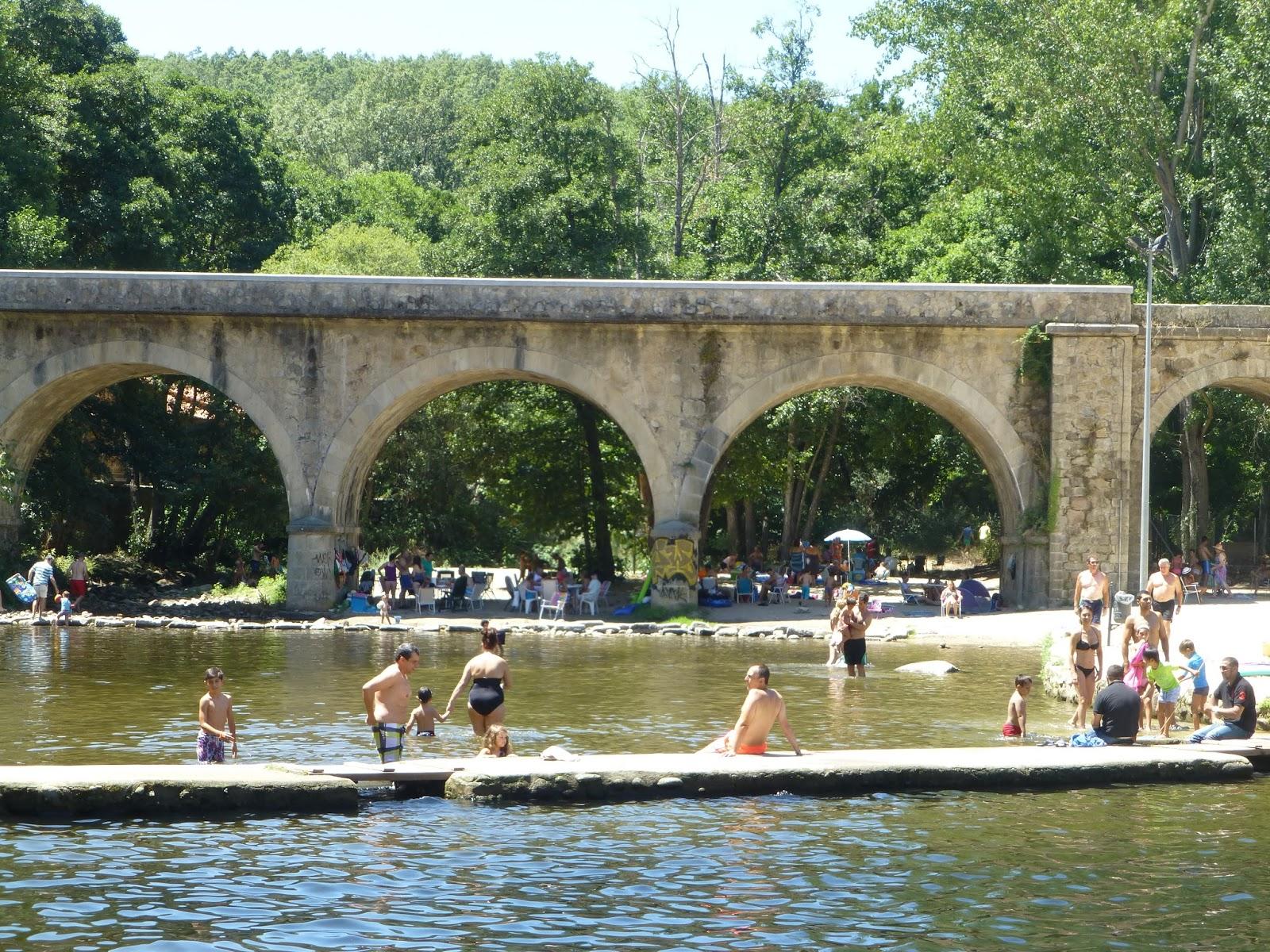 Carretera y manta viajes y caminatas piscinas naturales for Piscinas naturales jaraiz de la vera