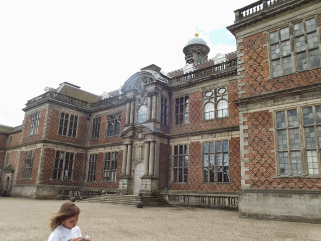 #CountryKids at Sudbury Hall and National Trust Museum of Childhood