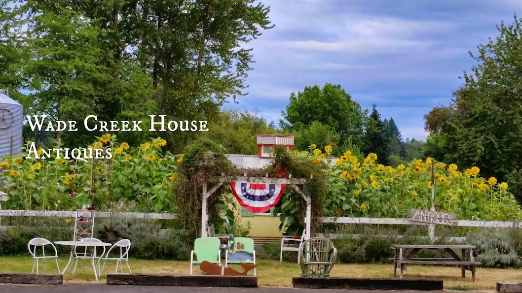 THE WADE CREEK HOUSE in Estacada