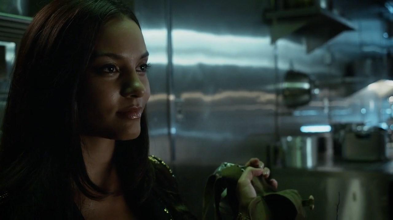Gotham [3x05] 720p-1080p | WEB-DL | LAT-EN
