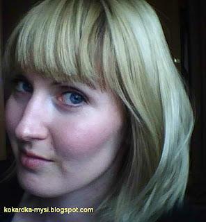 A może ciemny blond?