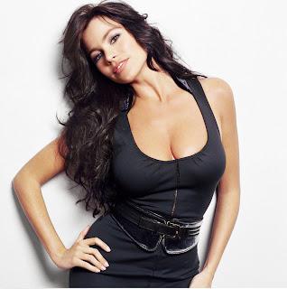 Sofia Vergara posa sexy - Gloria Delgado-Pritchett de Modern Family