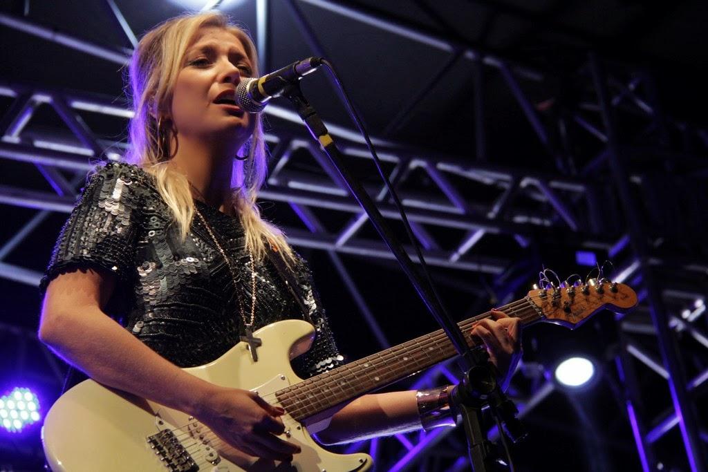 Luiza Possi cativou o público com músicas consagradas da MPB e da Velha Guarda