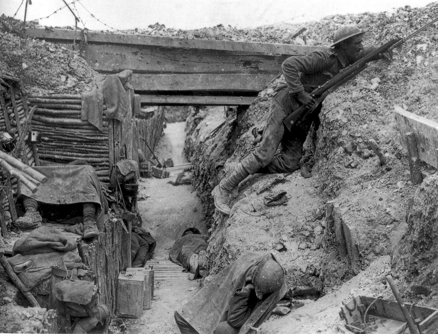 history level 4 blog the first world war other pros of trench warfare included easy access to supplies and food spare ammunition and guns and quarters were the iers could rest
