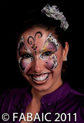 Body Painting - 7 Tips For Cleaning Up Safely and Easily