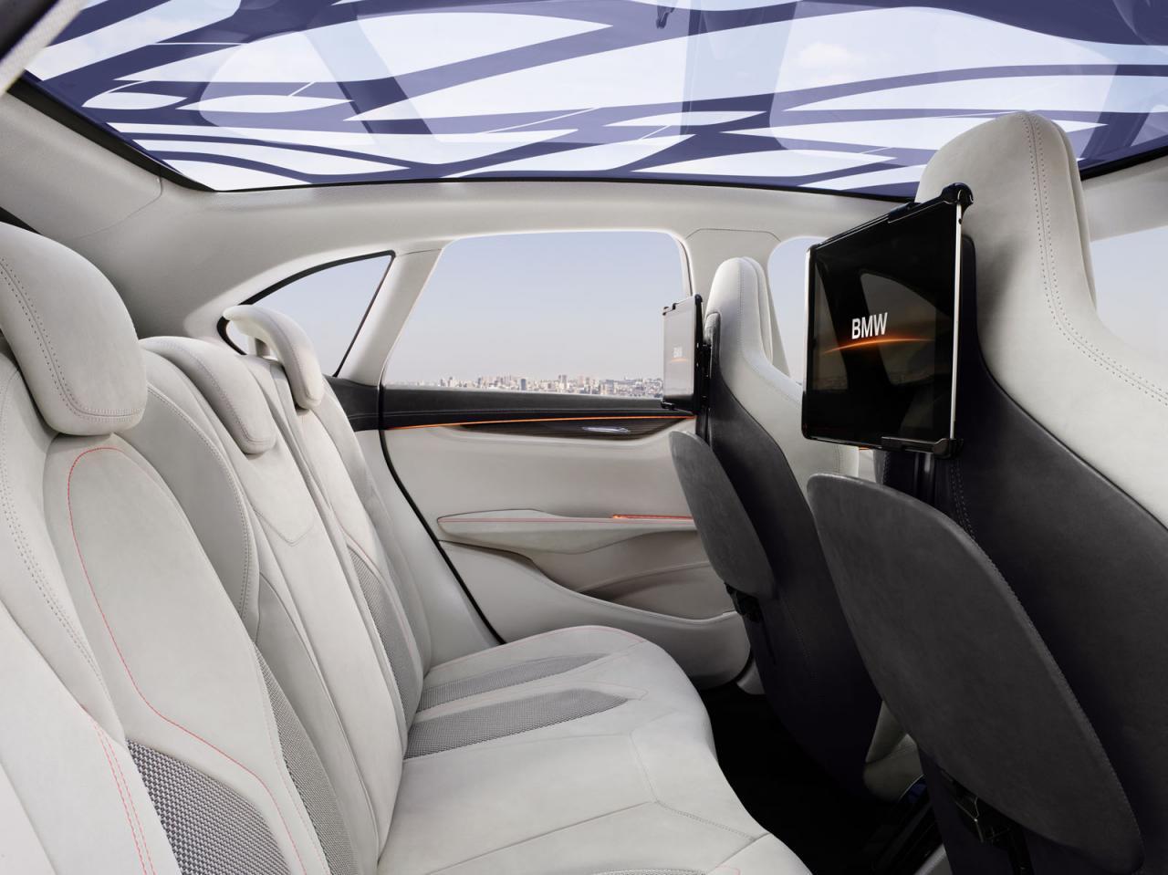 BMW+Concept+Active+Tourer+4.jpg