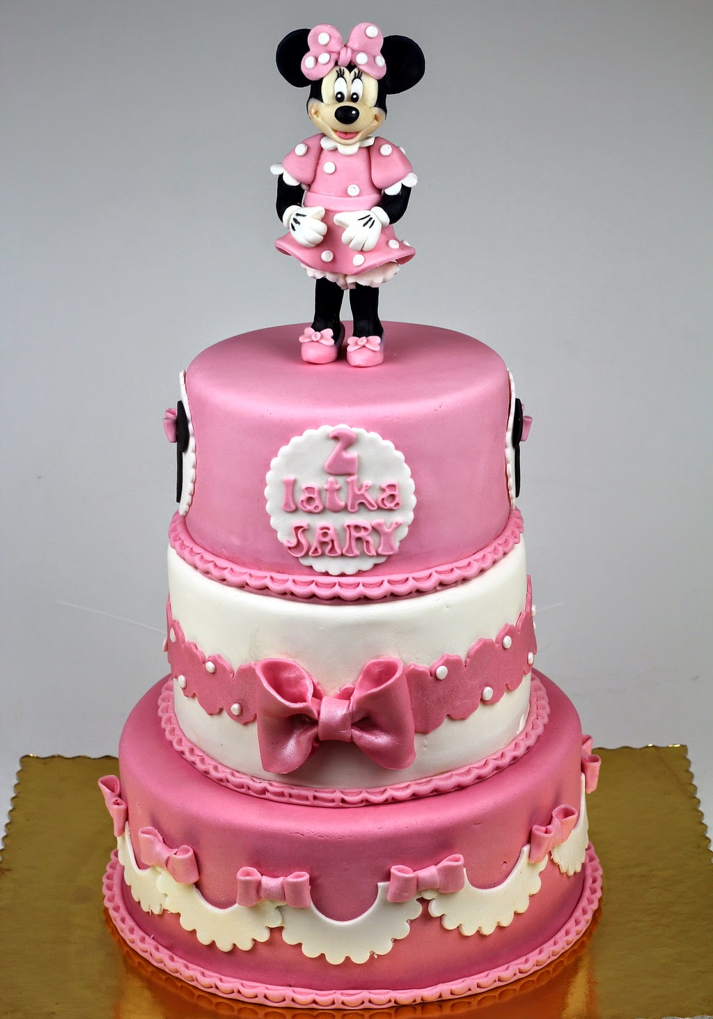 Birthday Cakes Minnie Mouse Childrens Birthday Cakes in London