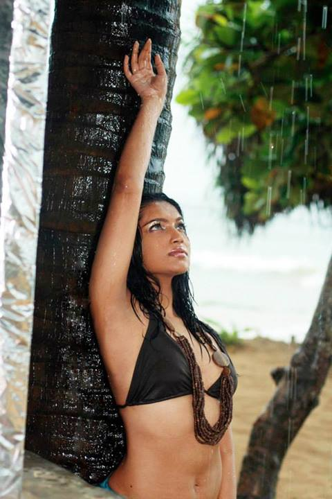 Natasha Rathnayake Beach : Sri lankan hot models and sl hot actress