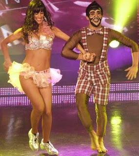 Foto de Tati Alcántara y André bailando merengue en Quinta Gala de Reyes del Show