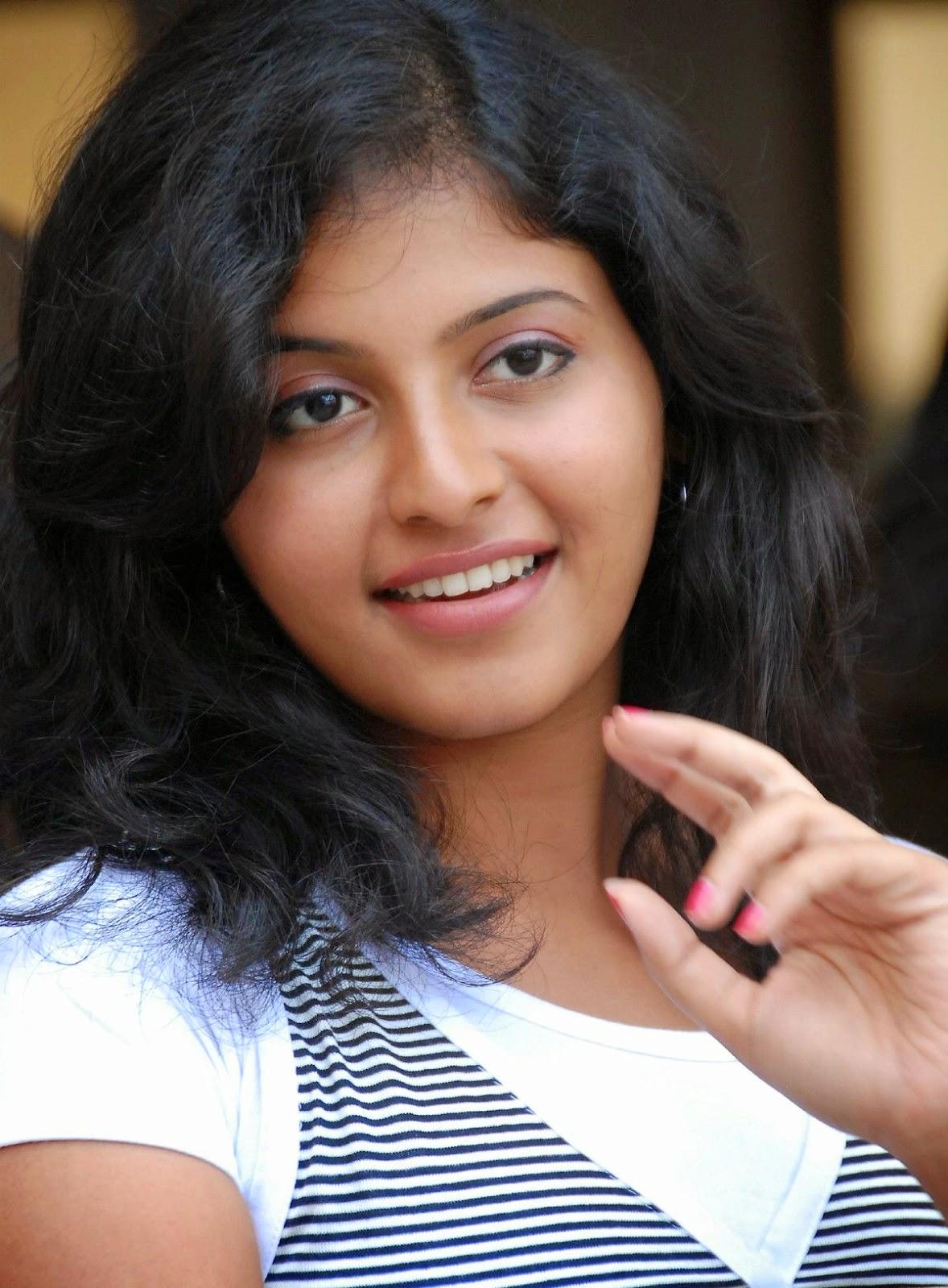 actress anjali wallpapers - cap