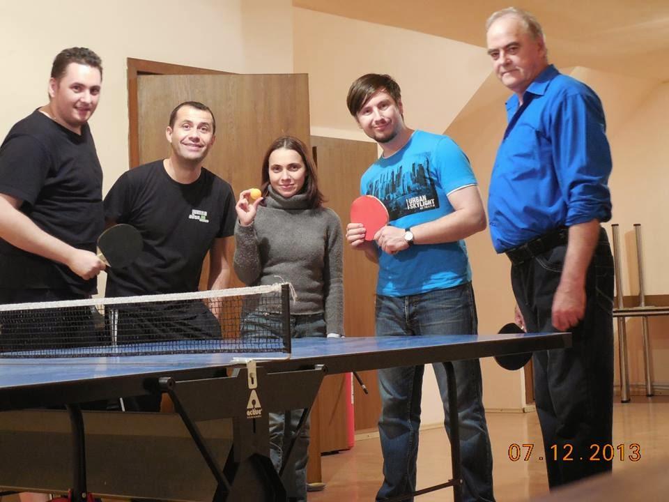 tenis de masa la Vila Alpin Straja