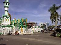 Ngabuburit Di Sekitar Masjid Raya Singkawang