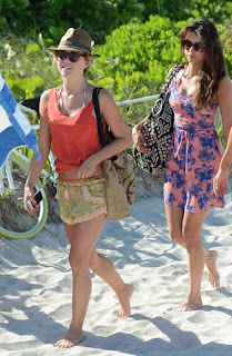 Julianne Hough, Nina Dobrev, Julianne Hough - Nina Dobrev bikini, Julianne Hough - Nina Dobrev photo, Model