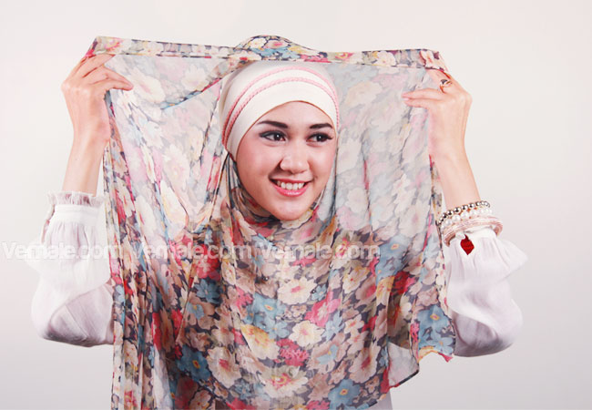 Tutorial Jilbab Syar'i nan Modis | Tutorial Hijab