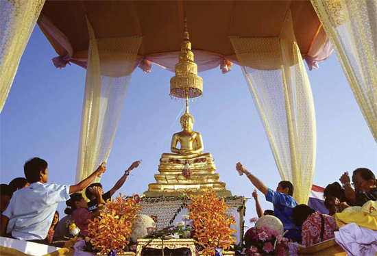 Go Thailand Blog: The SONGKRAN Festival: Another Reason to Visit ...