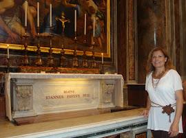 Altar - Tumba del Beato Juan Pablo II