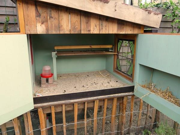 Huis tuin en keuken c fris kippenhok - Hoe een keuken te verlichten ...