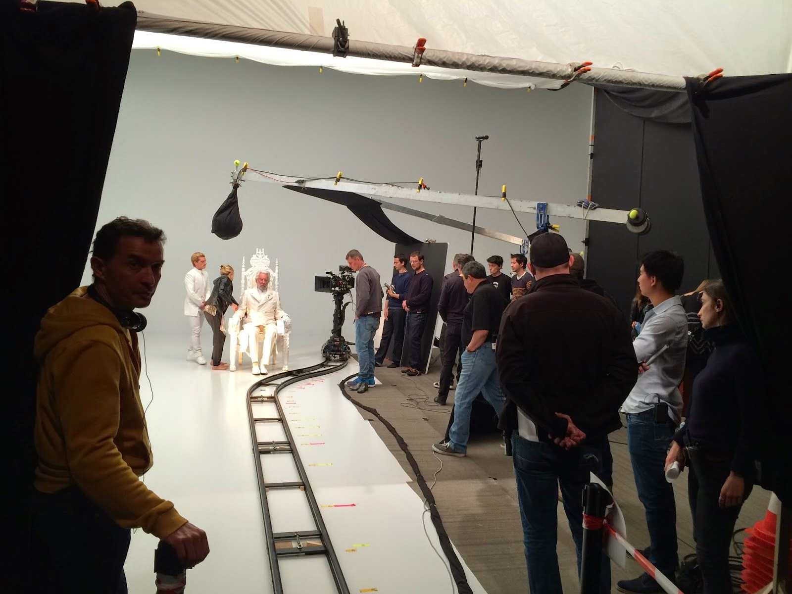 PHOTOS: NEW Behind-The-Scenes Photos From Mockingjay Part