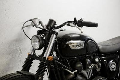 2011 Triumph Bonneville Cafe Racer Dreams Design
