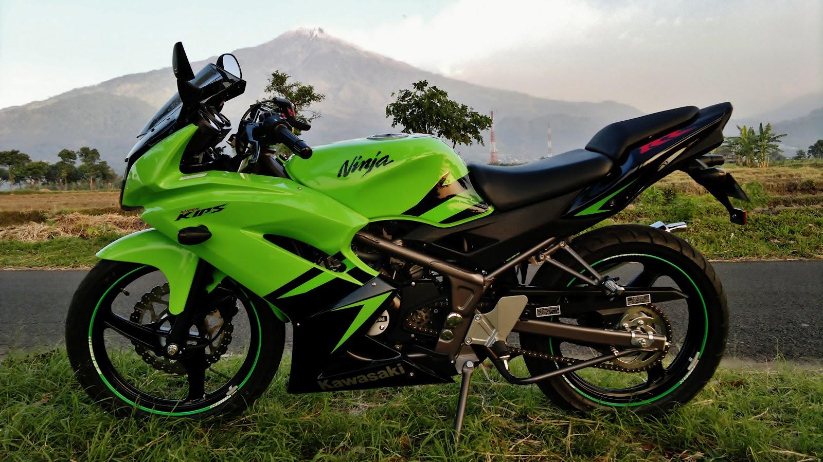 kawasaki ninja rr 2012 new (part 3)   the sound of engine
