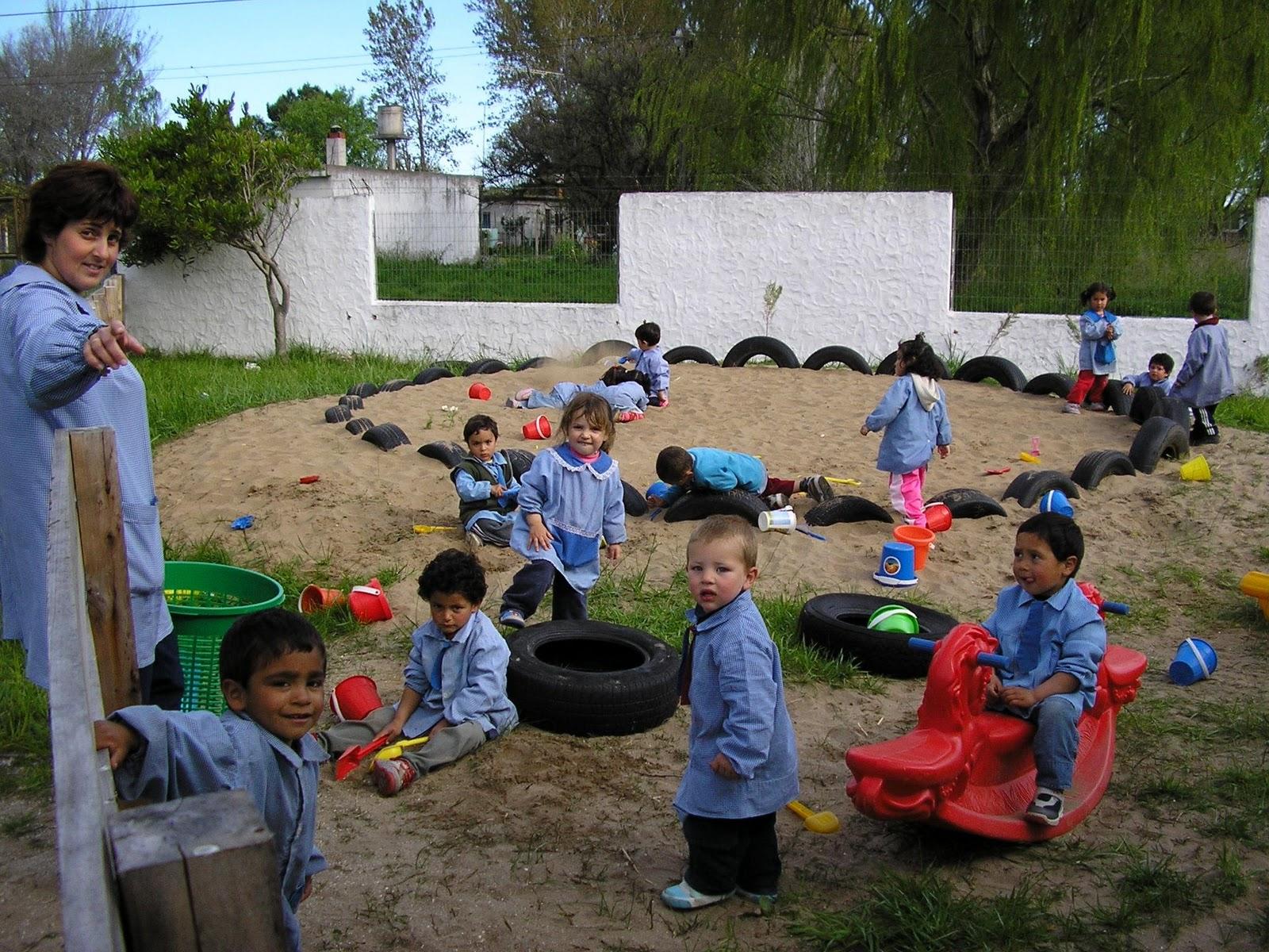 La ense anza en el jardin maternal for Canciones para el jardin de infantes