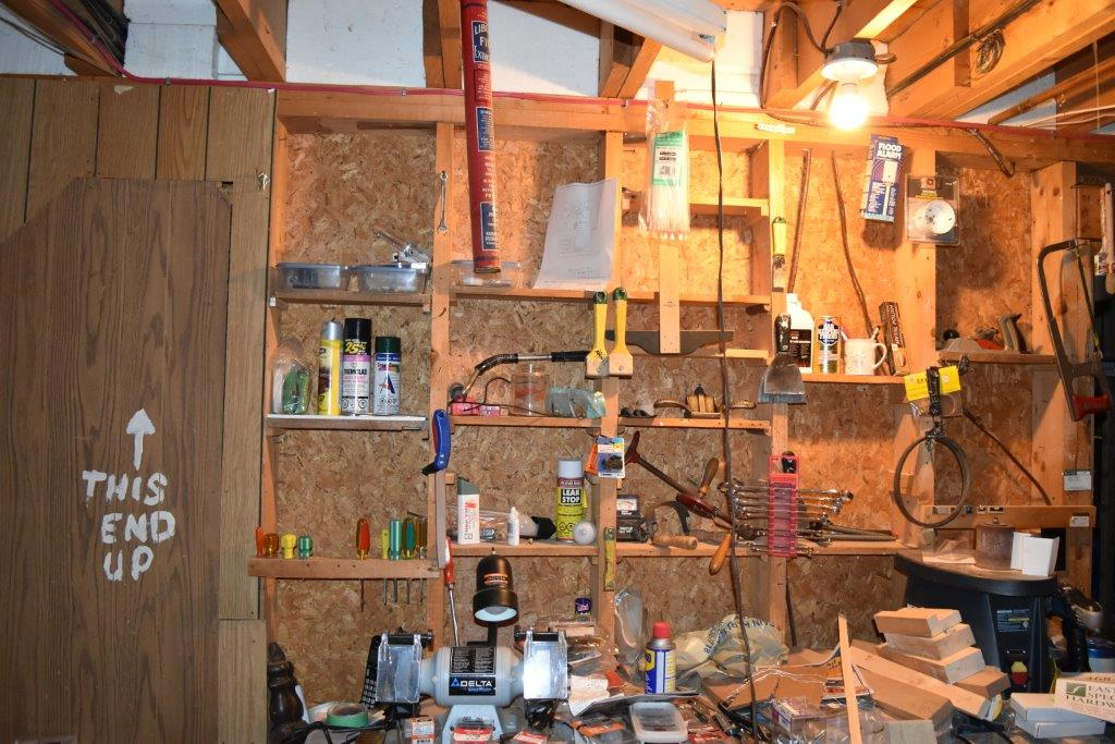 Man Cave Holland Valley : The valley woodworker built in display storage for