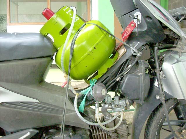 Gambar 2. Konverter Kit LPG terpasang pada Sepeda Motor