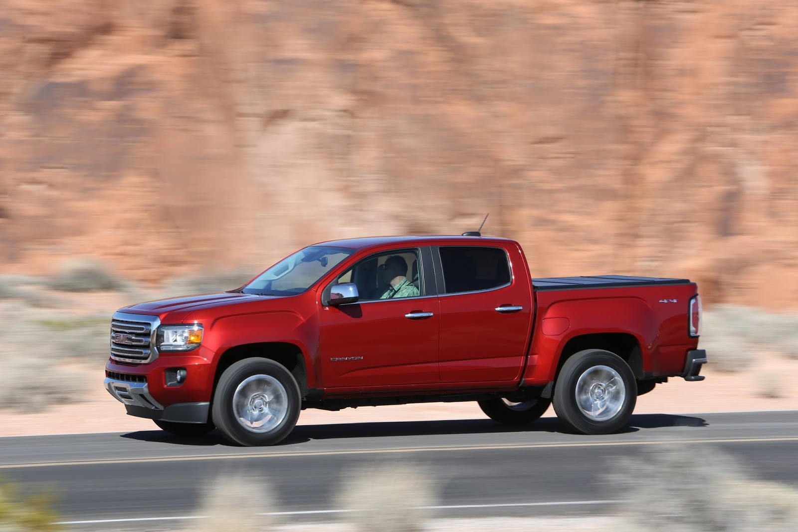commercial truck success blog gm says 2016 colorado canyon diesels to arrive on time. Black Bedroom Furniture Sets. Home Design Ideas
