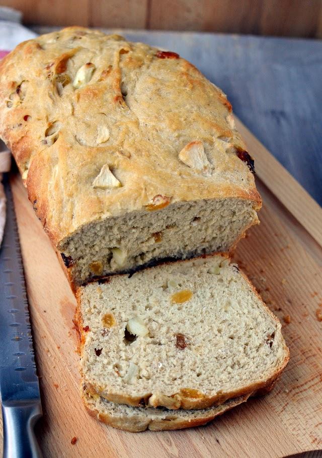 Fruited Sourdough Sandwich Bread