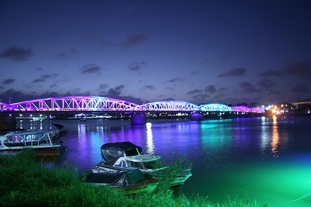 Trang Tien Bridge in Hue - Vietnam