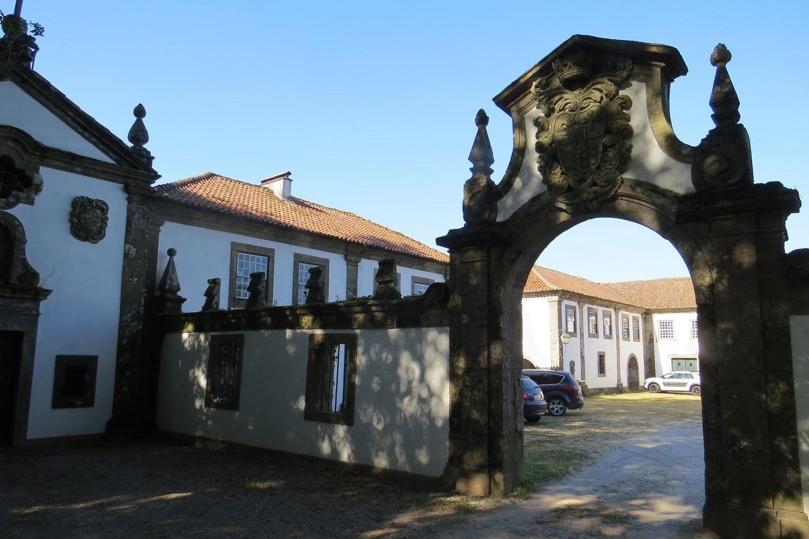 CASA DO PAÇO CONDES D'ALMADA - LANHESES